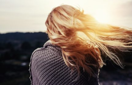 czym jest porowatość włosów